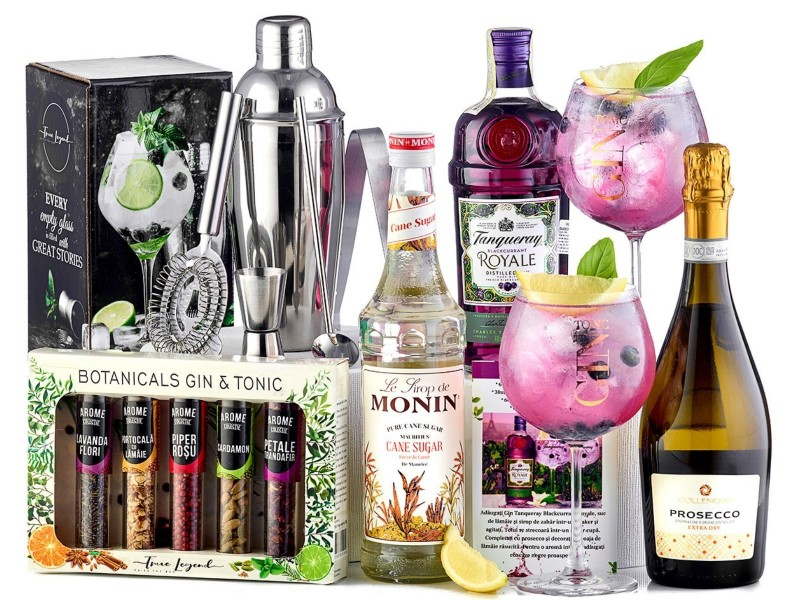 Royal French Tanqueray Cocktail Party