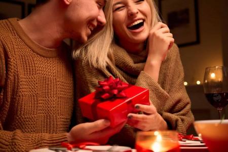 Cadourile de lux pentru bărbați - ce caracteristici trebuie să îndeplinească și ocaziile în care pot fi oferite